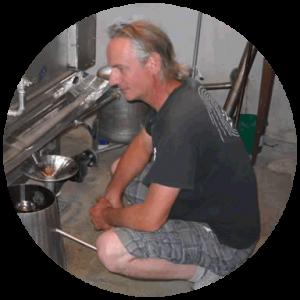 Christian Giraudon producteur distillateur d'huiles essentielles bio